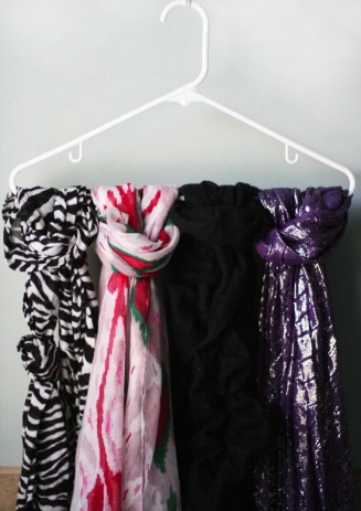 Photo Courtesy of Loop Over Non-stick Hangers: Courtesy: I Dream of Clean http://idreamofclean.net/how-to-organize-scarves/