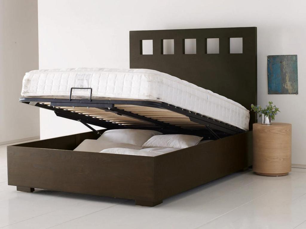 Under Bed Storate