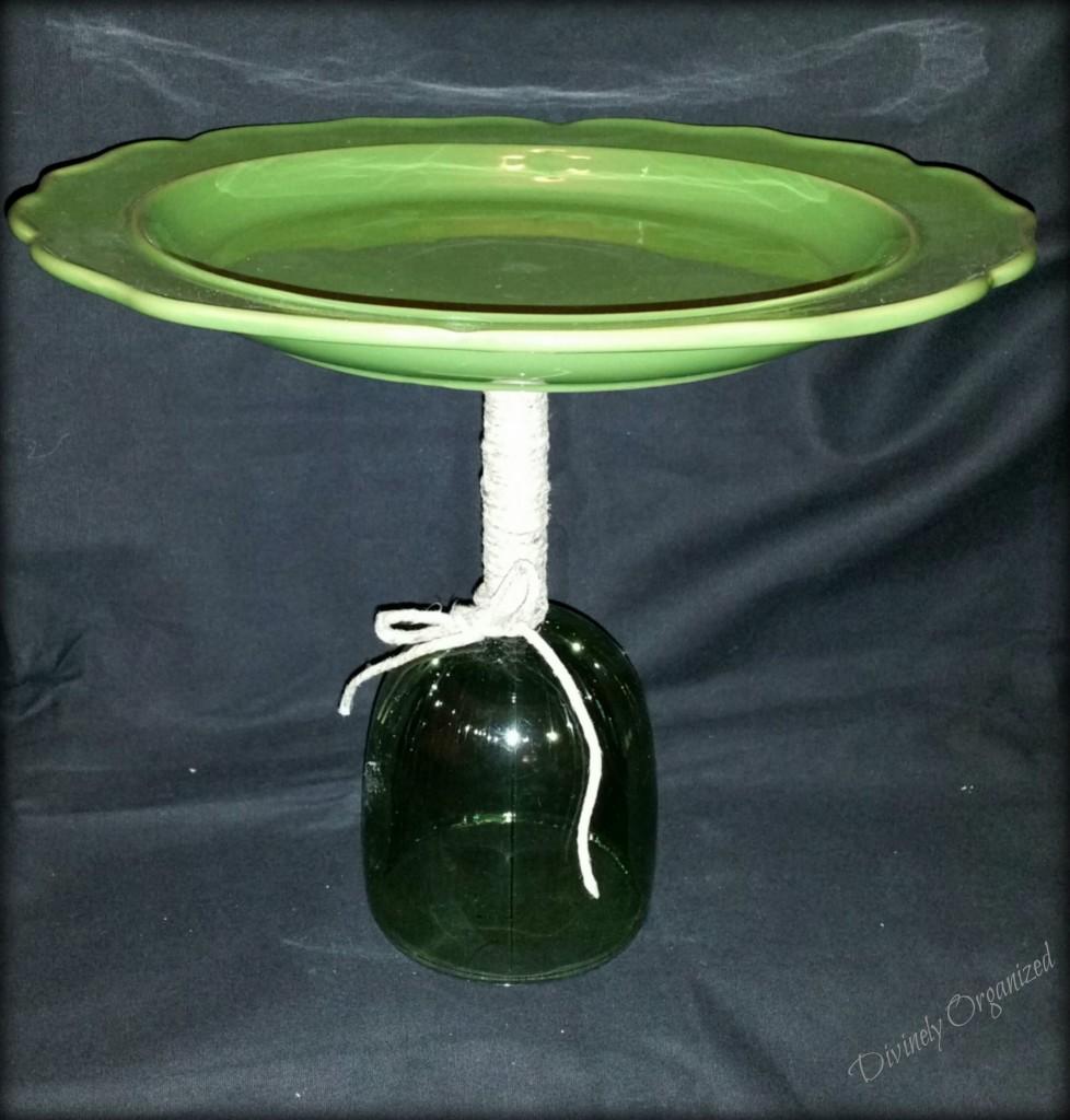 Cupcake Plate - Green 1 PM