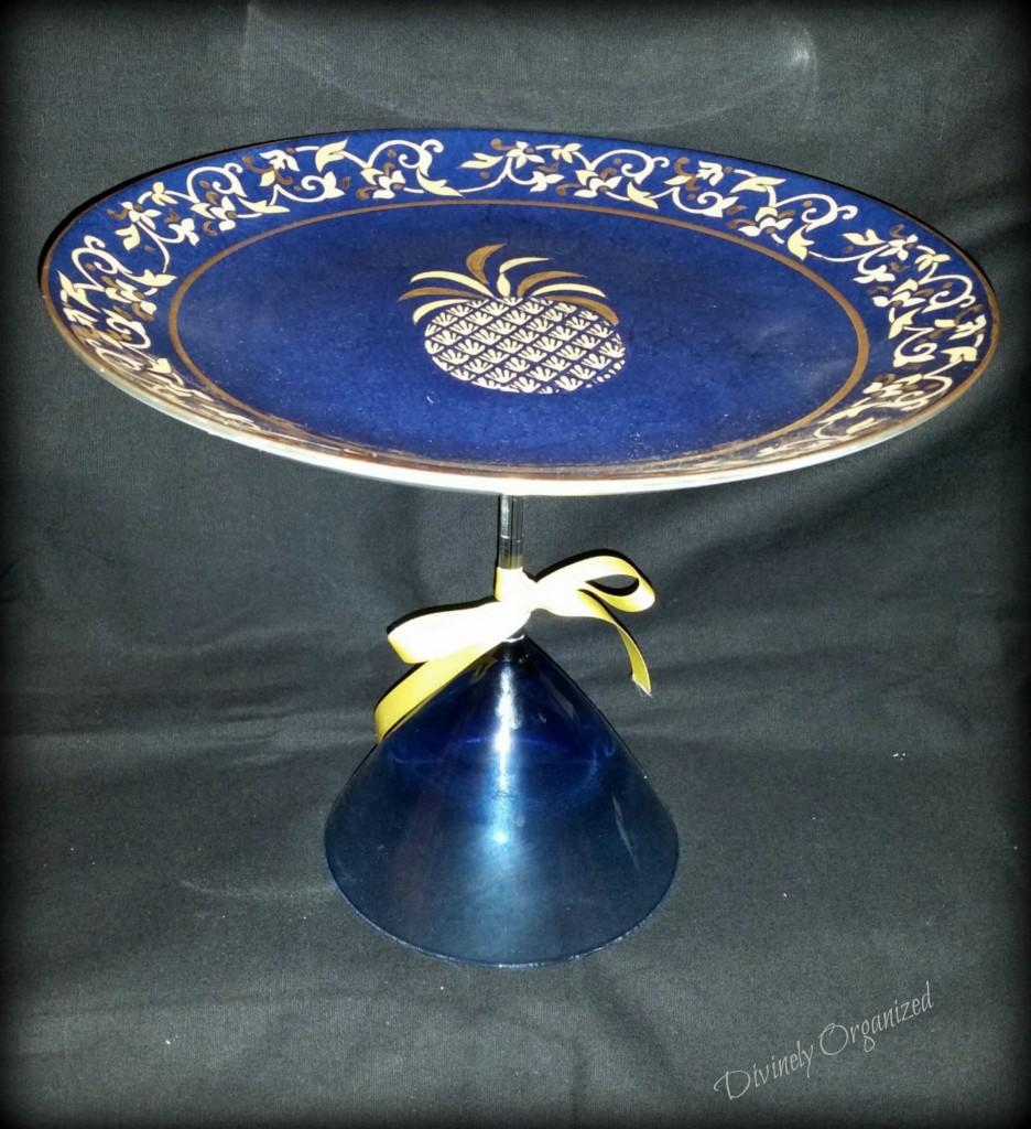 Pineapple Cupcake Plate 1 PM