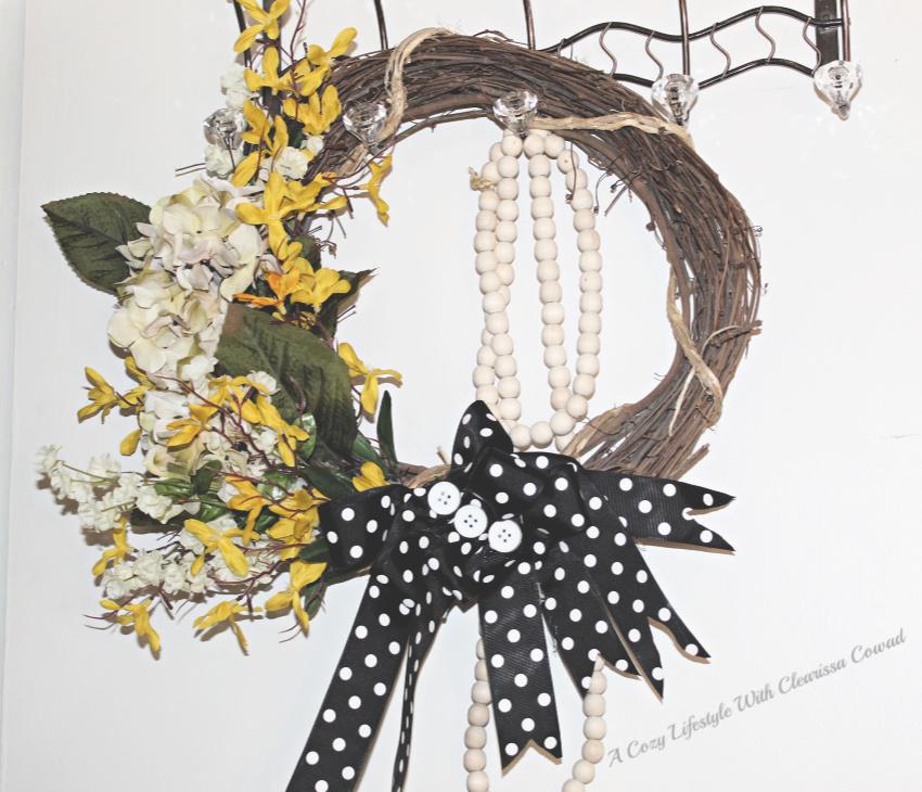 DI& - 2 Spring Wreaths